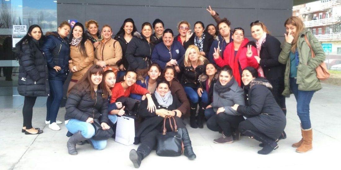 Women Behind The Association Of Roma Women Of Madrid Romi Serseni